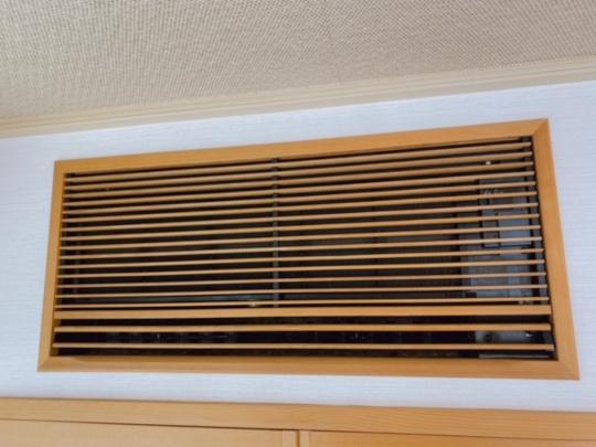 家庭用壁埋め込みエアコン